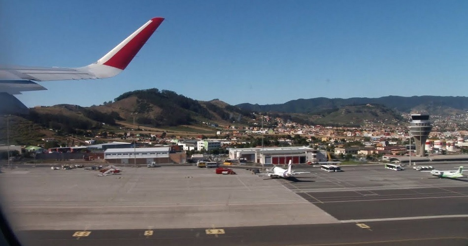 Un fallo eléctrico en el aeropuerto de Tenerife Norte suspende el aterrizaje de aeronaves