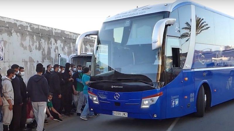 Buses Inmigrantes Canarias