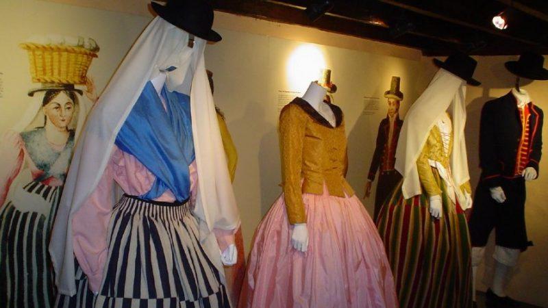 trajes típicos de Canarias