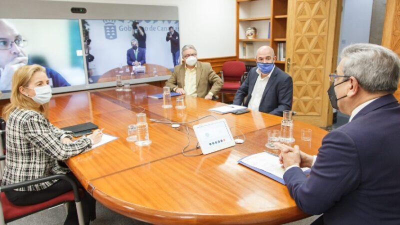 Diálogo entre gobierno y patronales turísticas