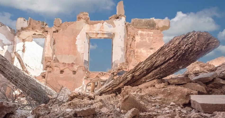 Siria: Los civiles siguen sufriendo asedio y amenazas tras una década de guerra